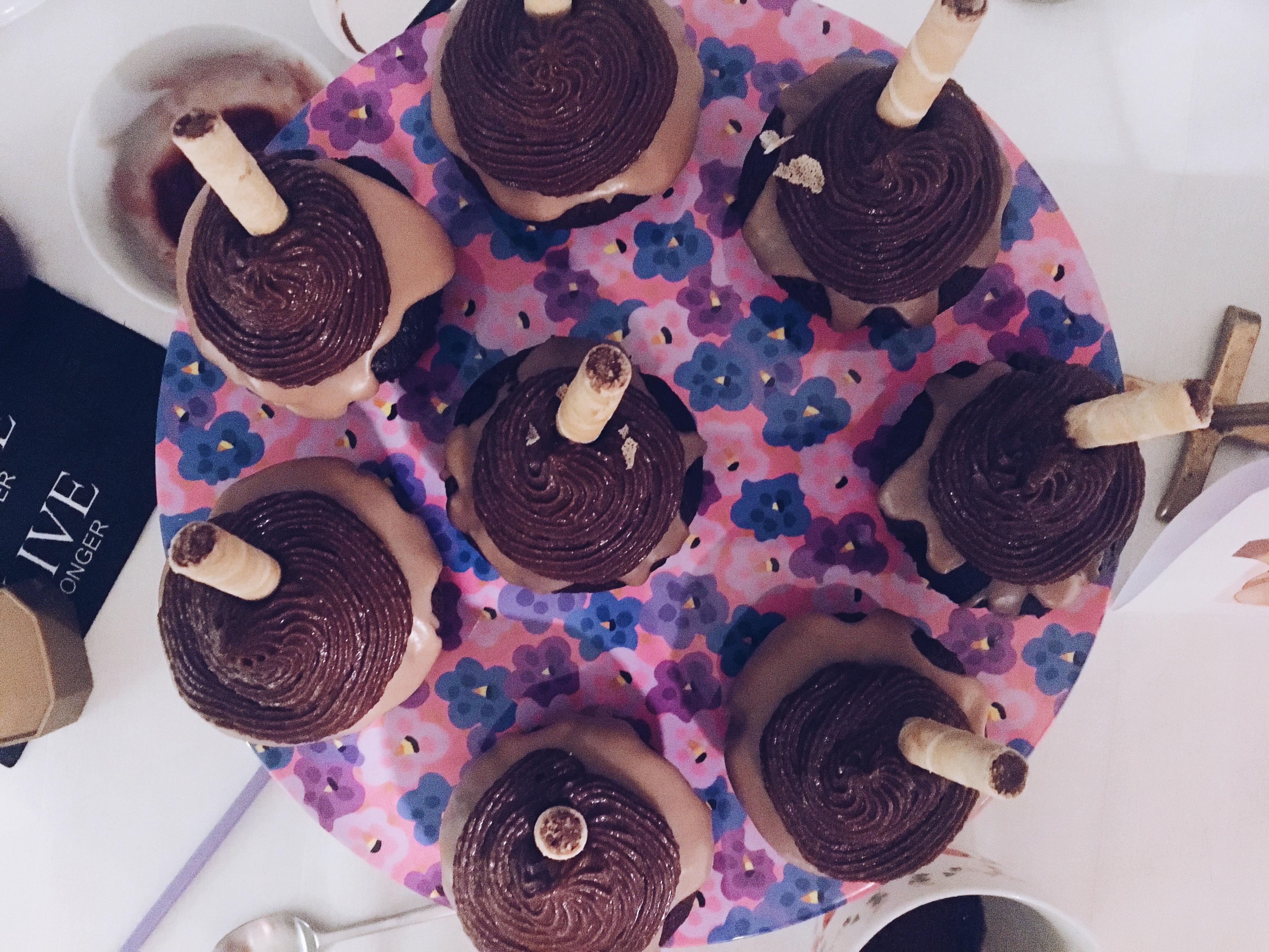 pokepuffs with chokolate