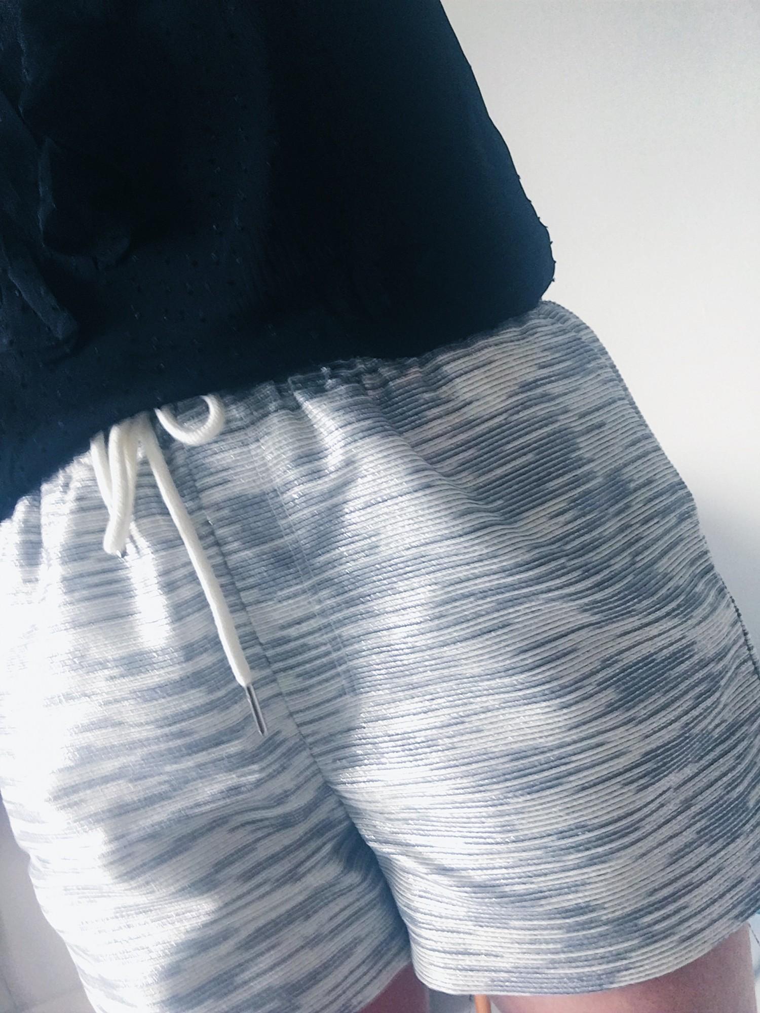 YAS shorts med glitter