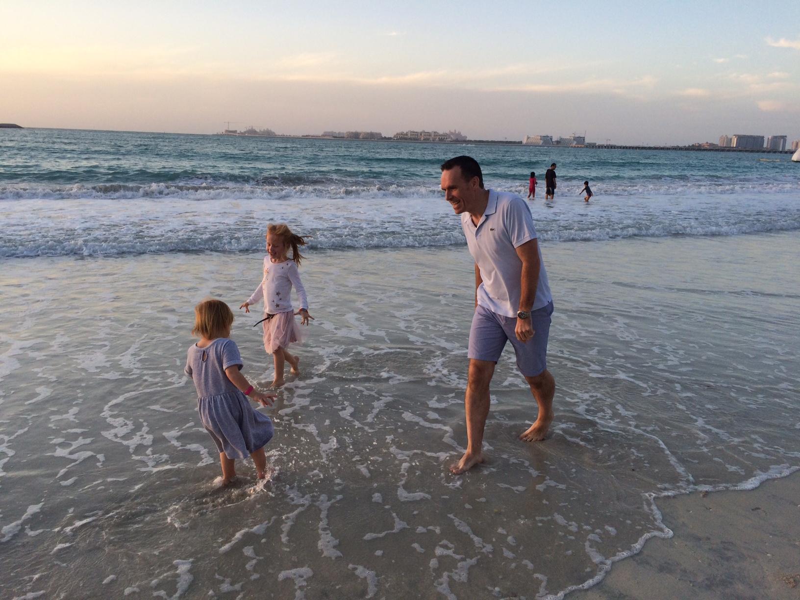 Dubai Marina - Martin og pigerne