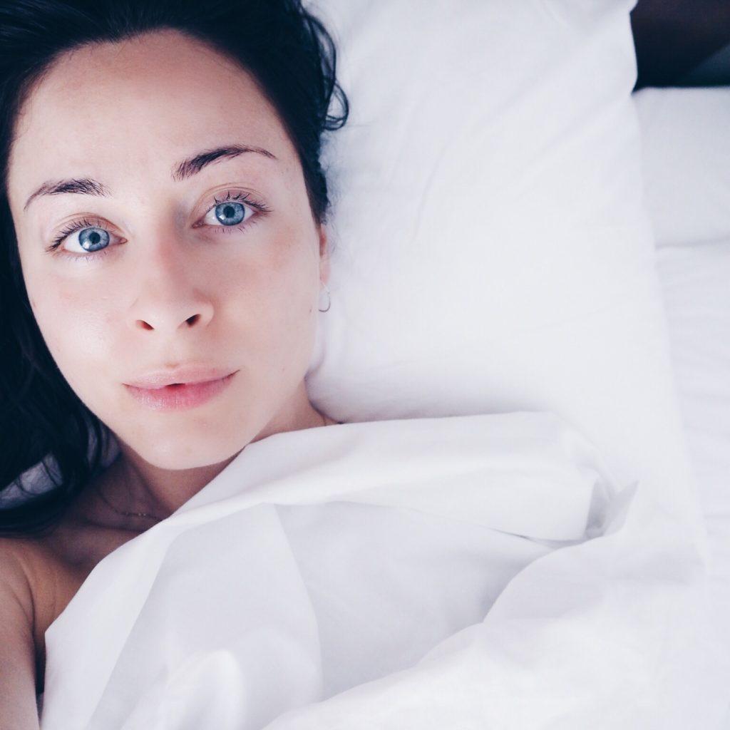 skønhedssøvn hudpleje tilbedre søvn bedre hud mens du sover optimer din skønhedssøvn