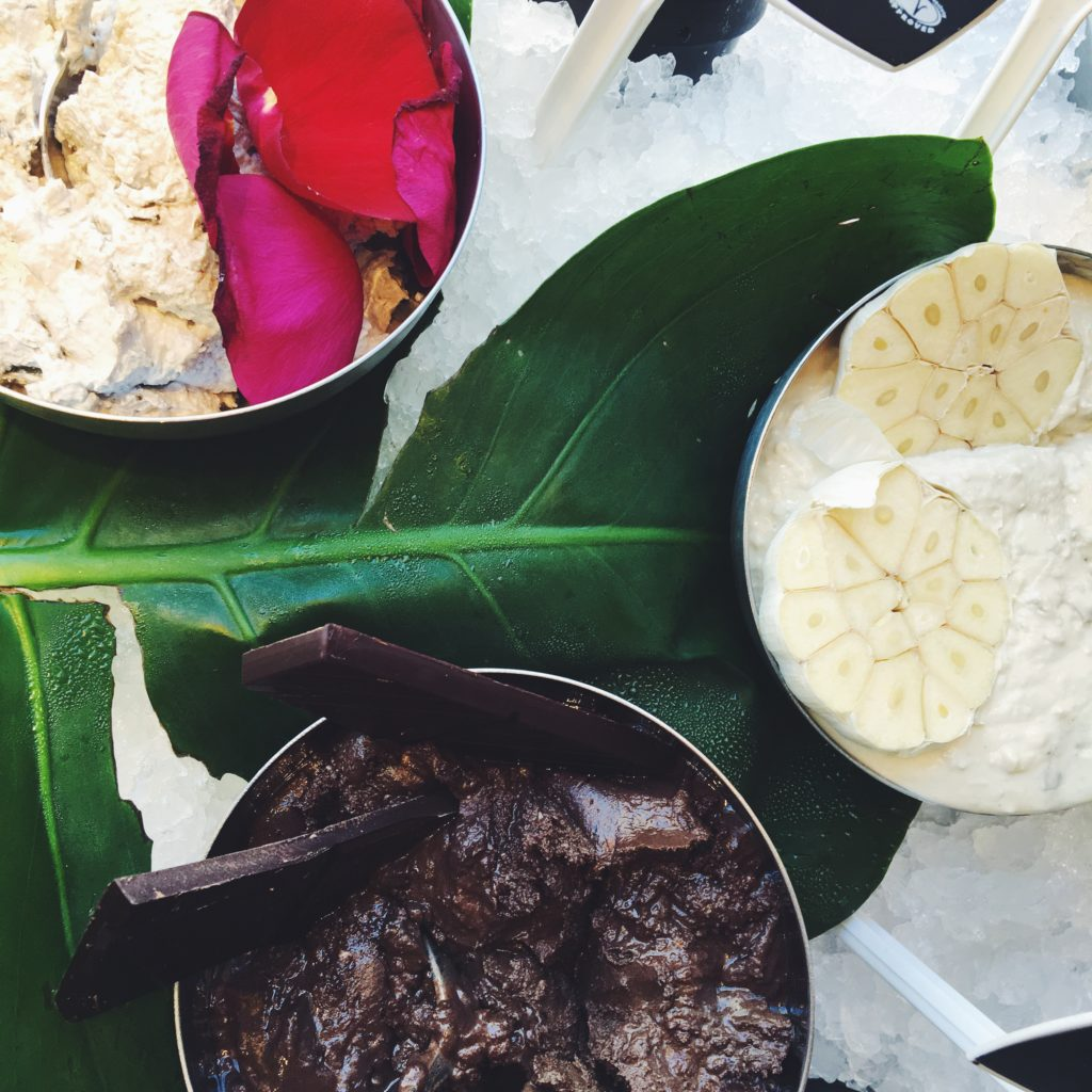 Nelle noell nelle noel getaway skønhedsprodukter vegansk blogger lush