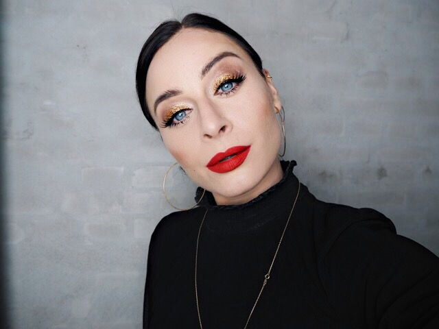 nytårslook nytårsmakeup makeup glimmer smokey eye nelle noell Noell & Nia