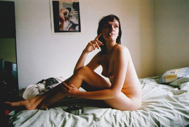 venus biograffilm nelle noell en hyldest til kvinder kvinde på en seng nøgen kvinde