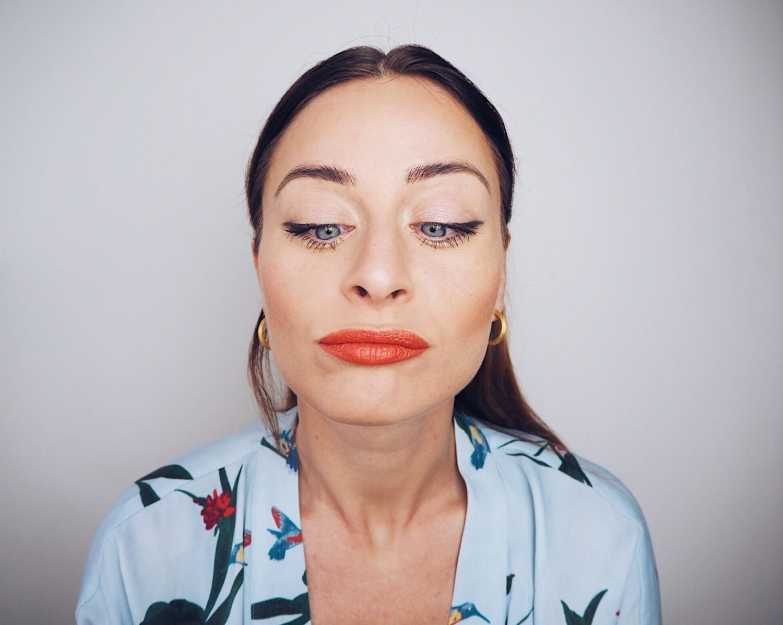 sommer makeup inspiration falske fregner tegn fregner sommertrends tips til makeuppen