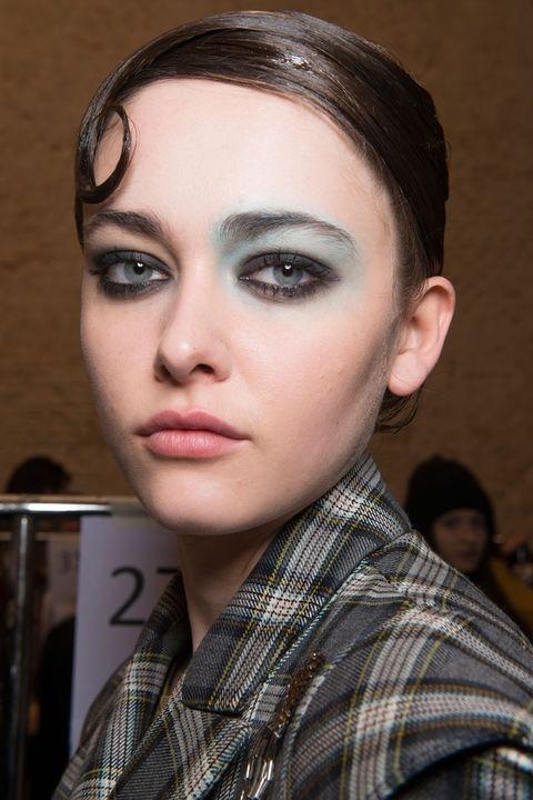 makeup trends color pop