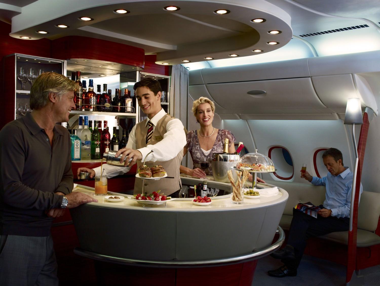 a380-onboard-lounge