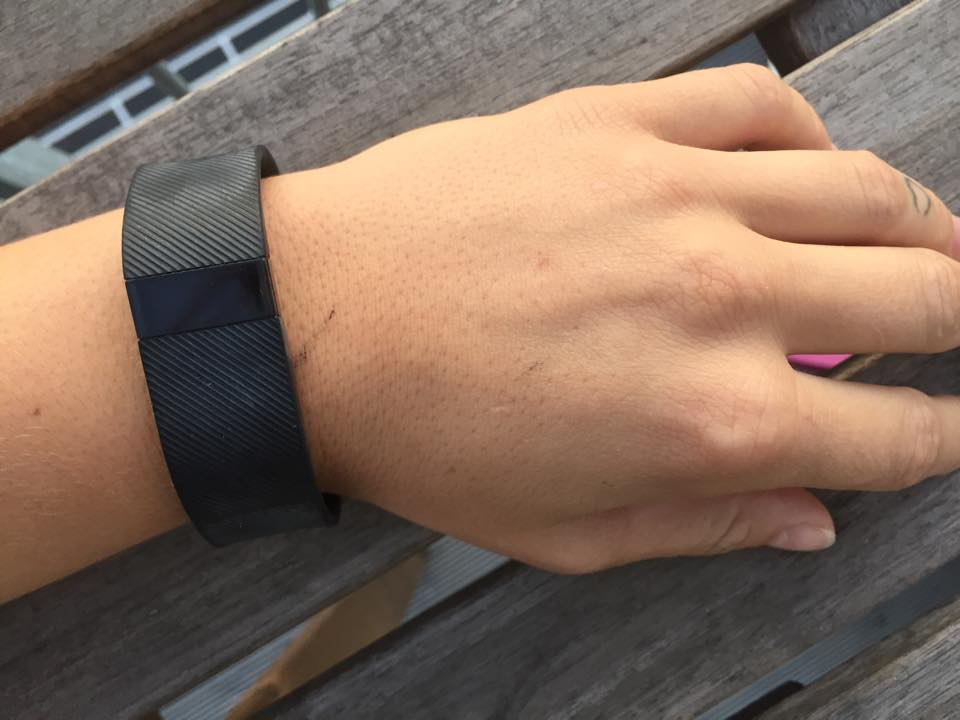 fitbit-charge-fitnessblog-trinetheodora