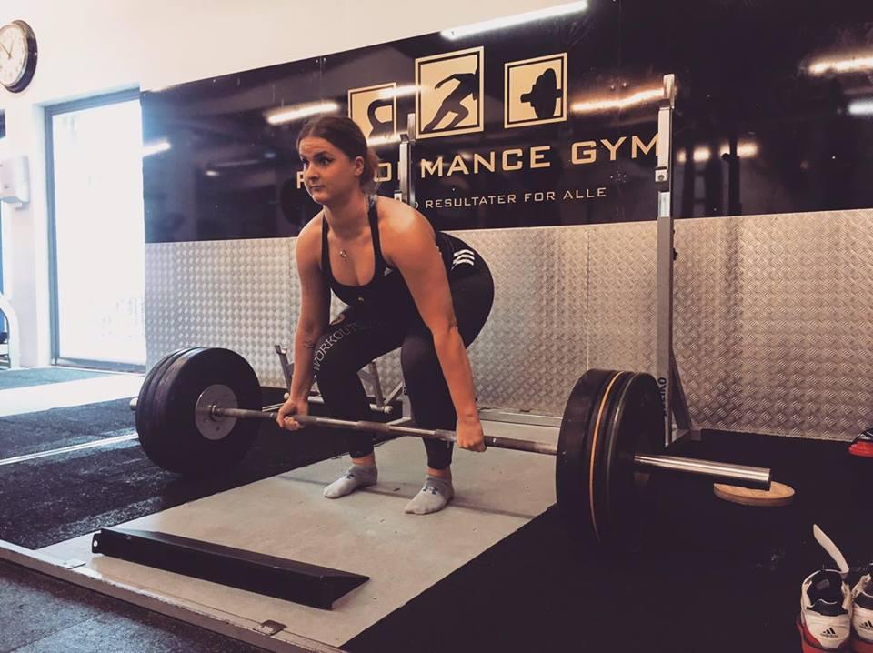 trinetheodora-styrkeløft-dødløft-dm-fitnessblog-2