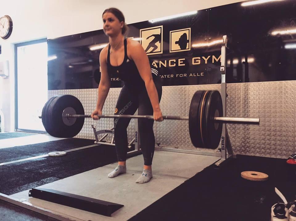 trinetheodora-styrkeløft-dødløft-dm-fitnessblog