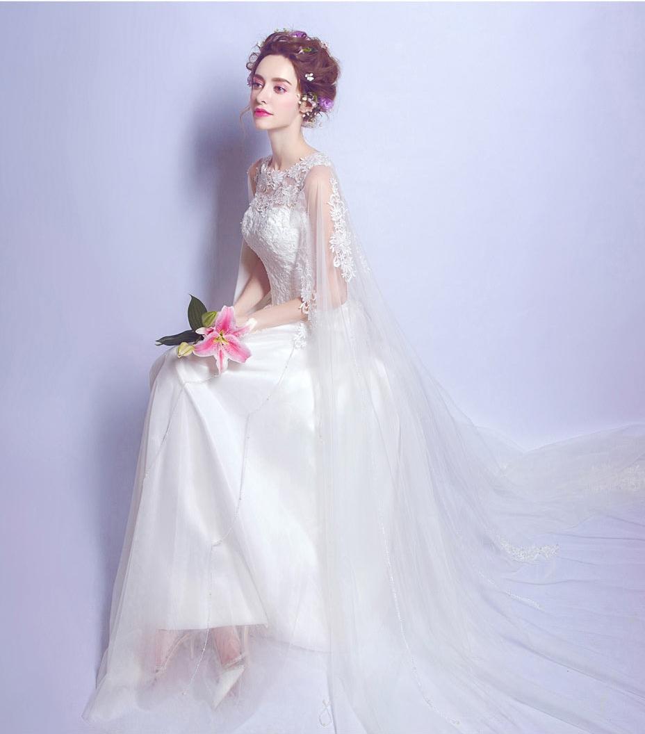 chic robe de mariée dentelle avec cape longue ligne A