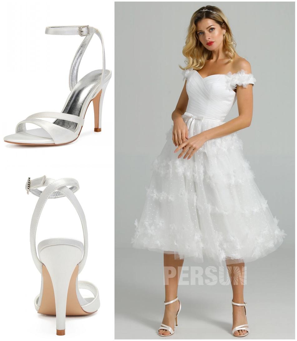 assortir sandales de mariage talon haut à robe de mariée courte