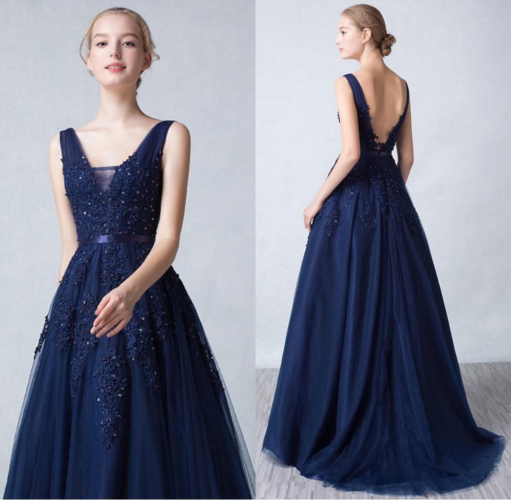 robe soirée princesse bleu marine en tulle col v à haut dentelle