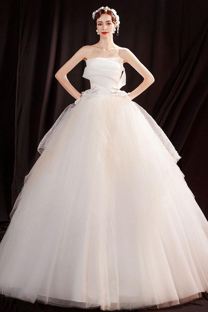 robe de mariée long au ras du sol