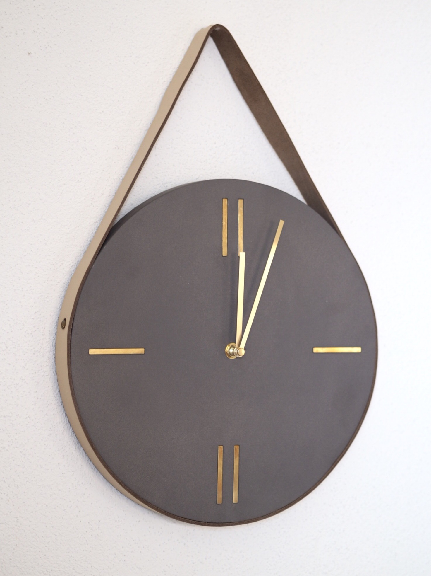 Cult Furniture Clock