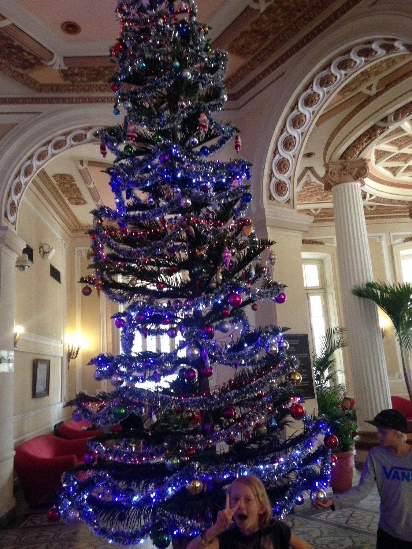 Man kan altid snyde sig til lidt jul på et af de store hoteller i Havana...