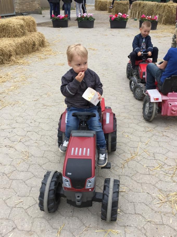 Popcorn og traktortræk-ret godt kørende