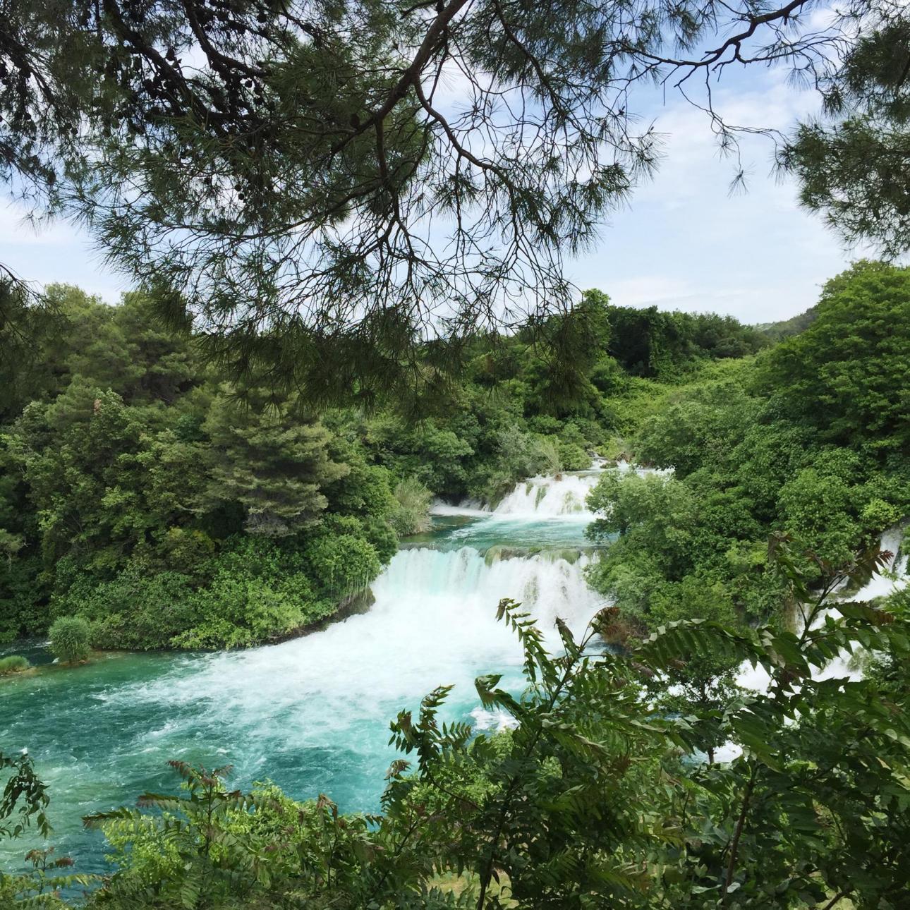De smukke Krka Waterfalls.