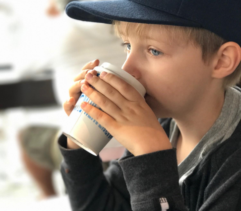 Den varme kakao smager efter sigende også skønt på Caras Gourmet.