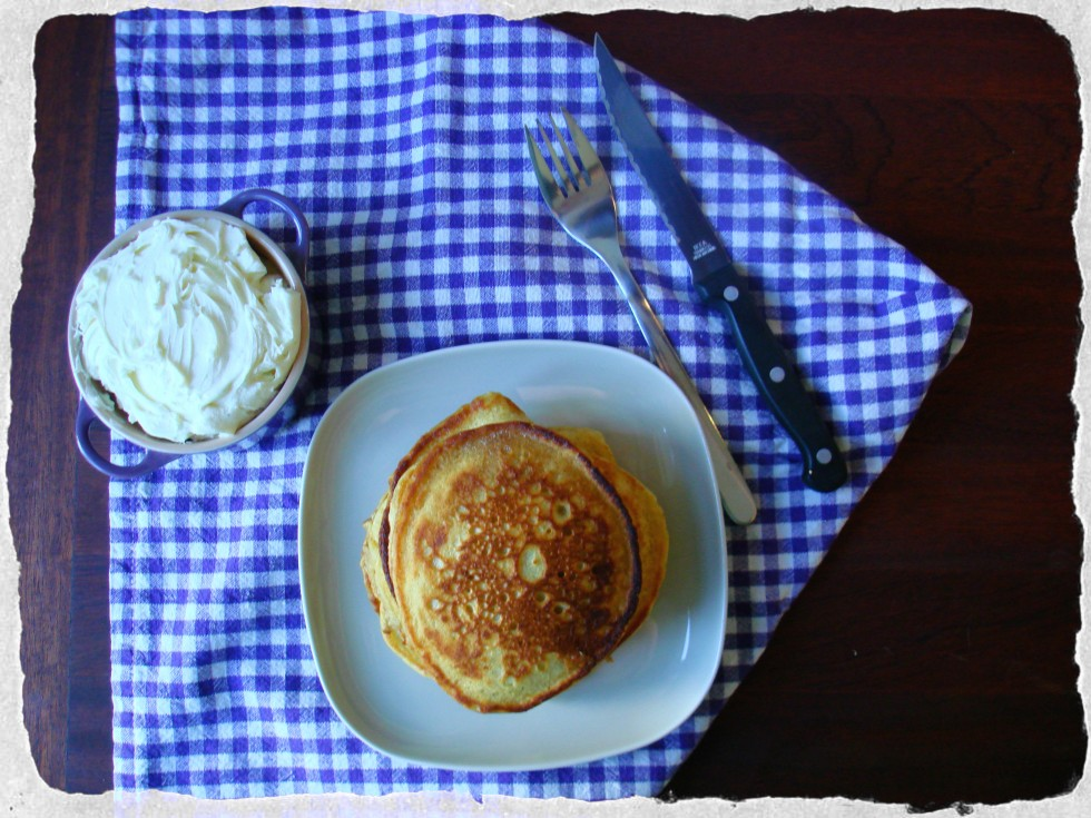 Buttermilk pancakes w. mascapone cream