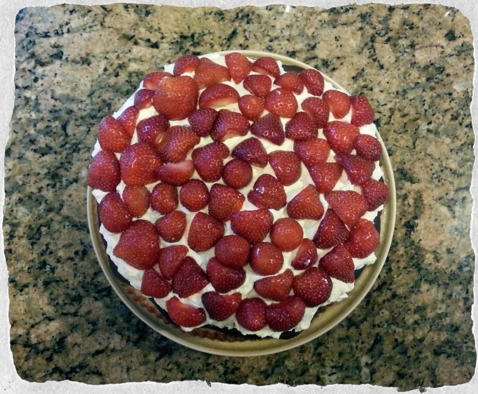 Danish Strawberry and Cream Cake