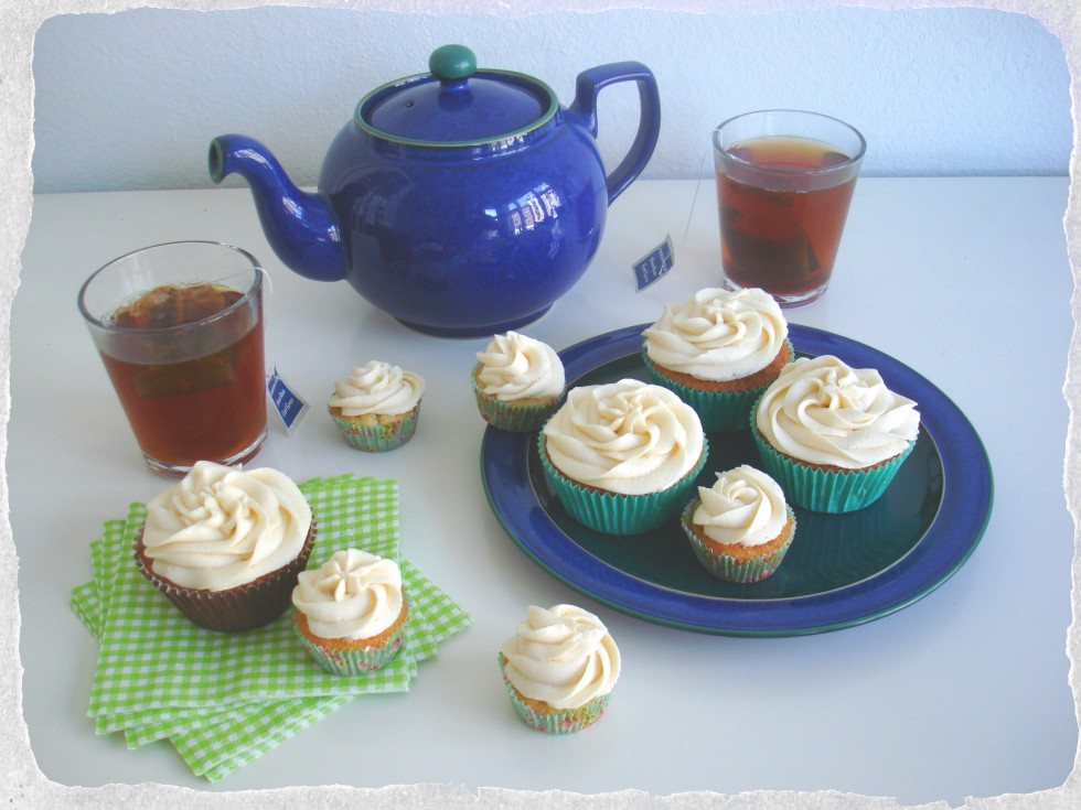 Tea with Earl Grey Cupcakes