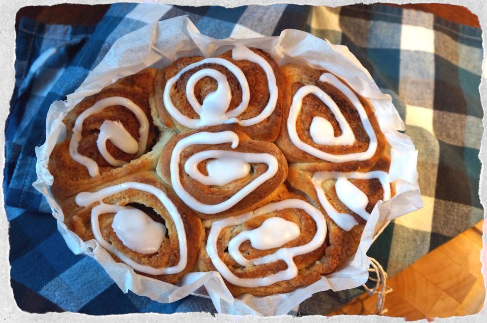 Marcipan buns