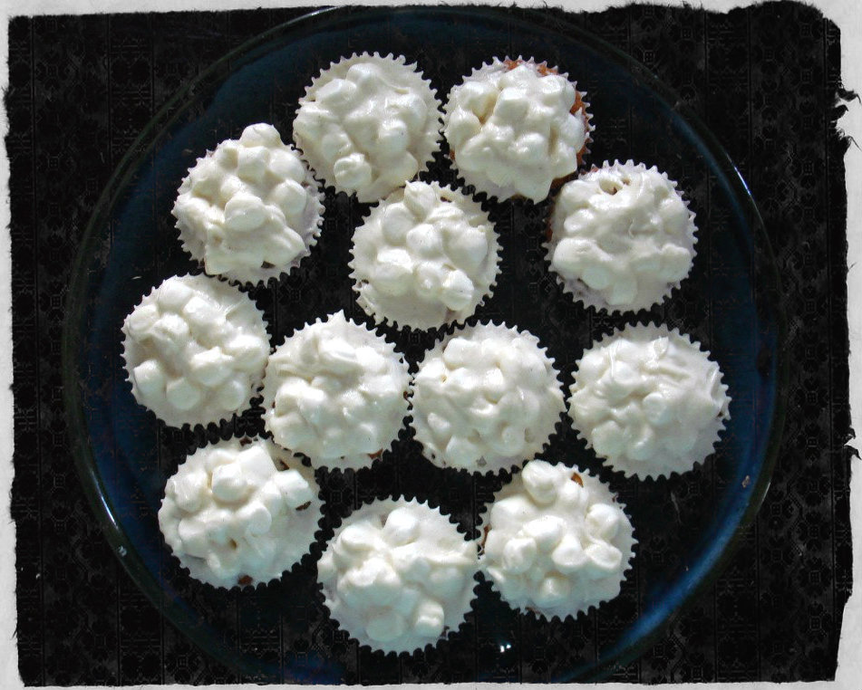 marshmallow-cupcakes-all-done