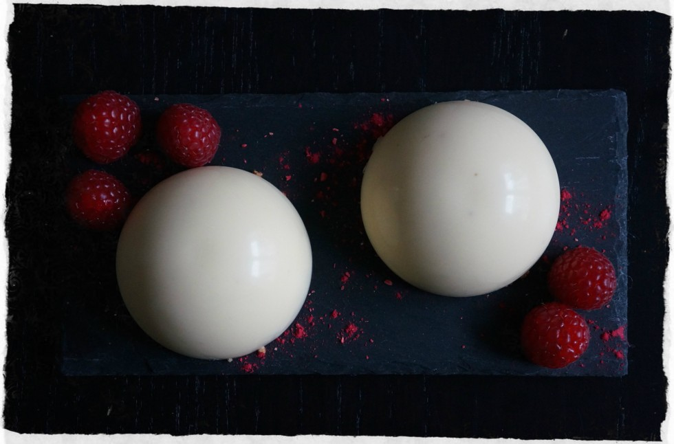 White chocolate mousse bombs