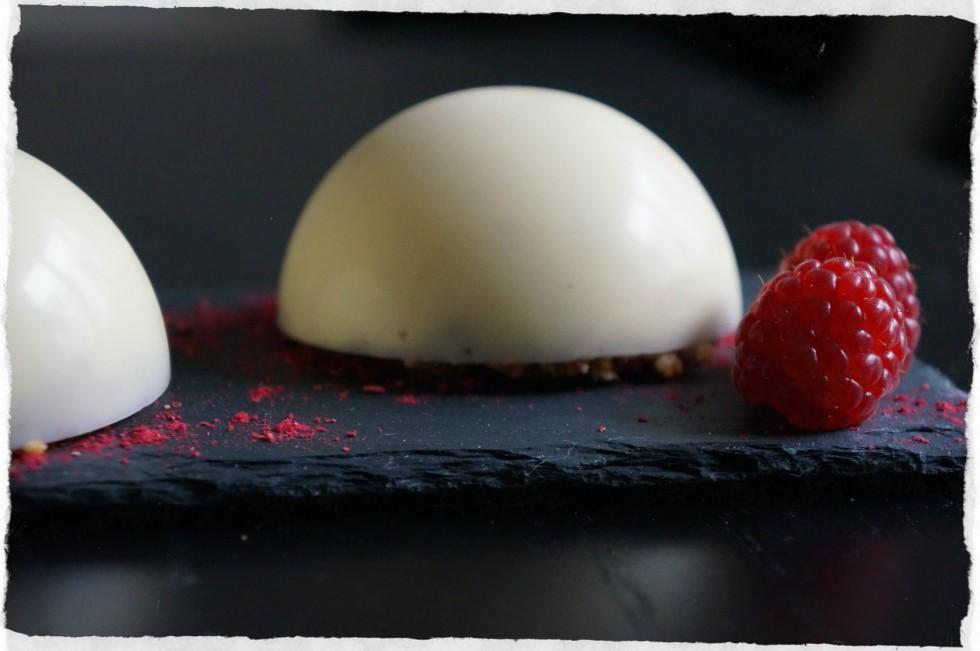 white chocolate mousse with hazelnut praline