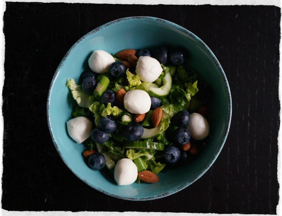 mozzarella, blueberry and almonds
