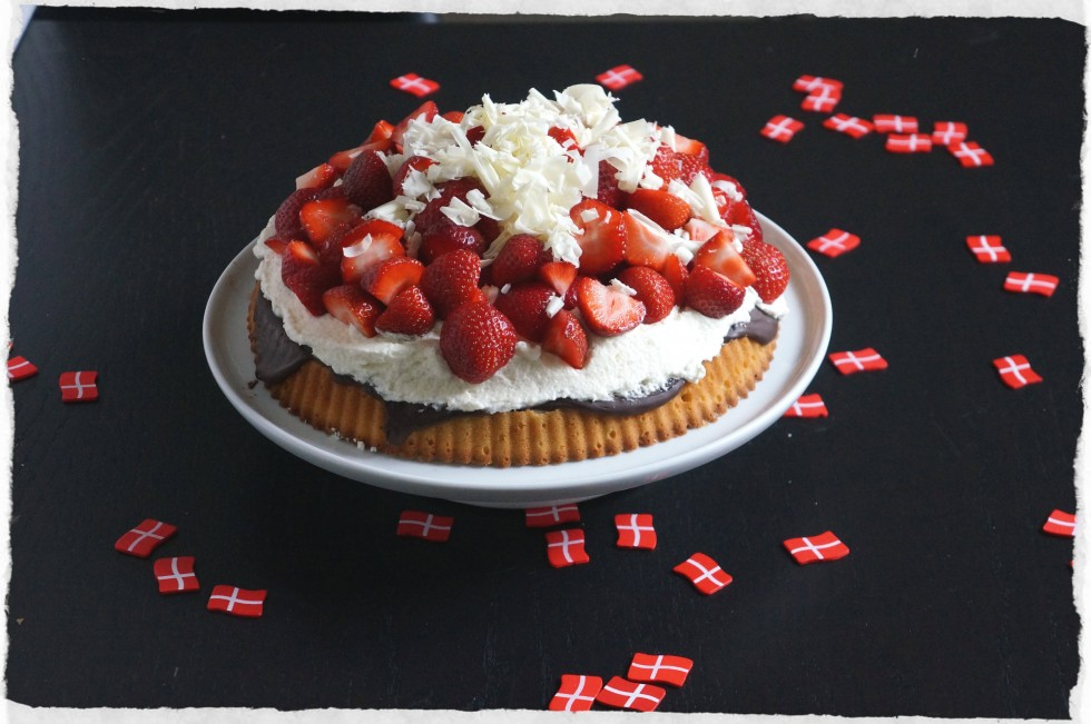 Danish summer pie