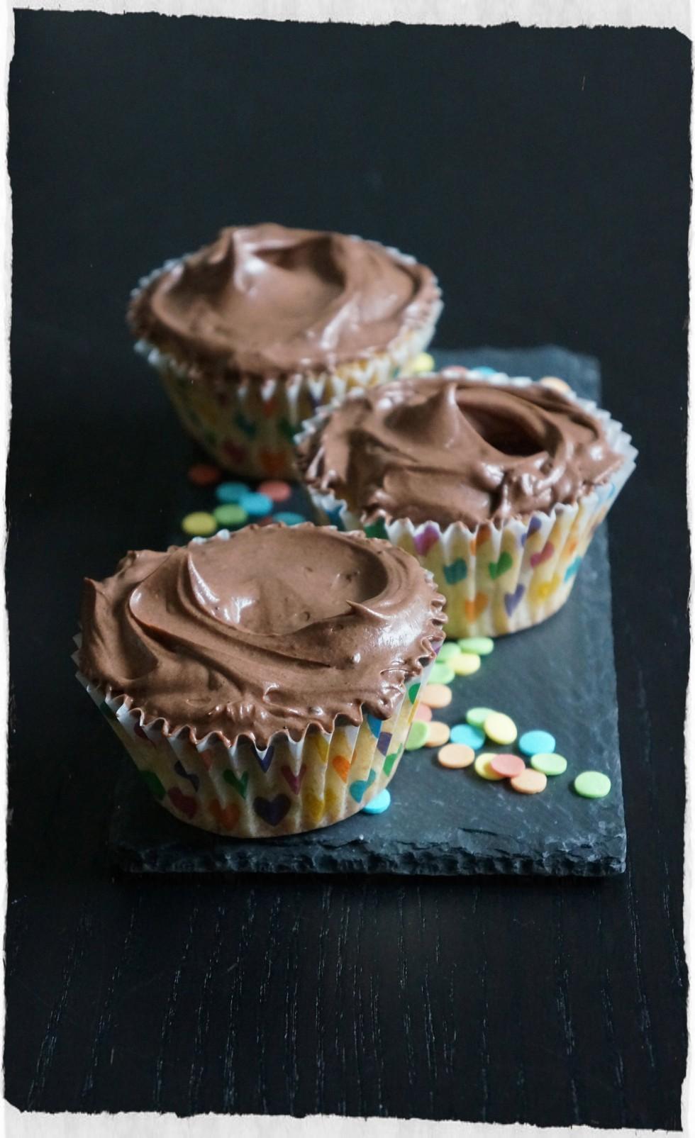 vanilla cupcakes homemade