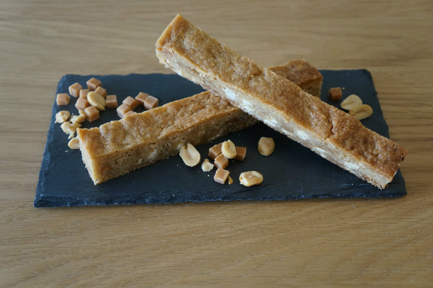 blondie-bars-with-peanutbutter