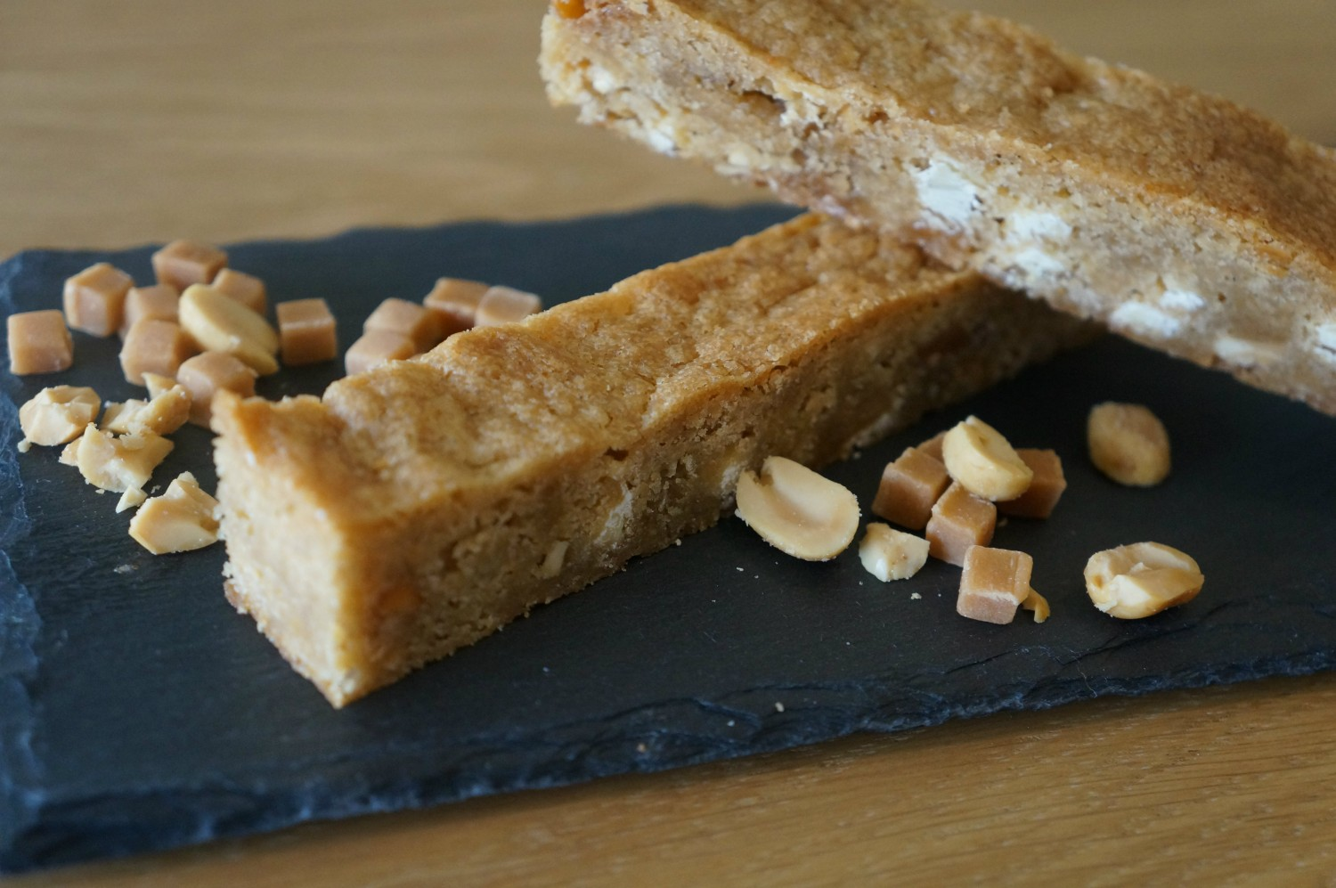 peanut-butter-blondie