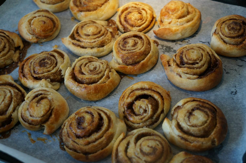 baked-cinnamon-rolls
