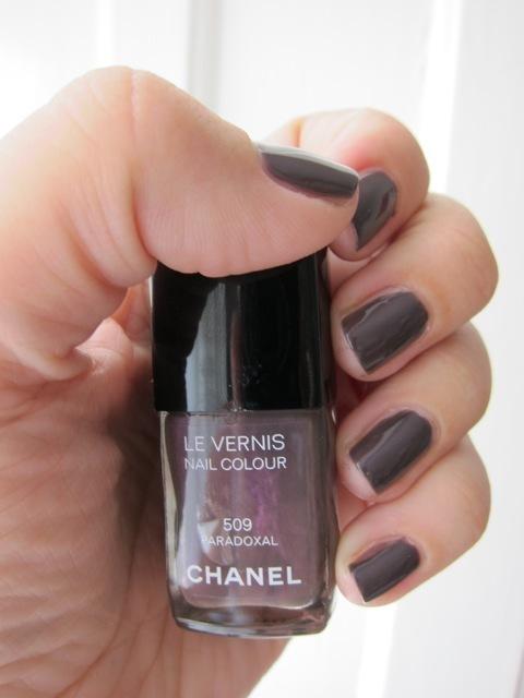 Chanel Paradoxal Neglelak