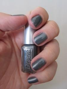 Depend 206 Metallisk grå neglelak