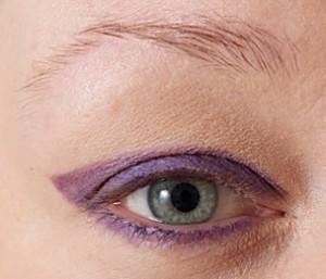 Look: Lilla og glitter, kun eyeliner