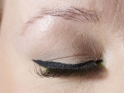 Cake Eyeliner i farven Black fra Make Up Store