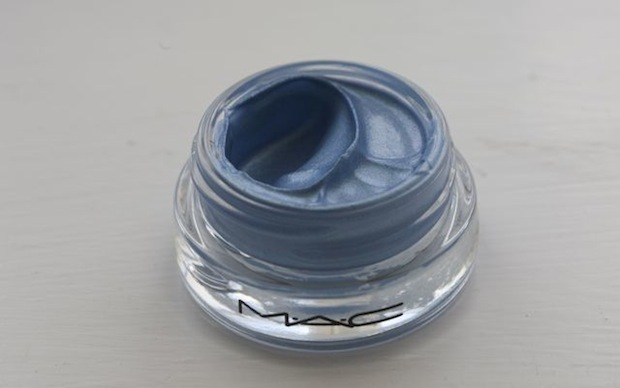 MAC Big Bounce Eyeshadow Free As Air