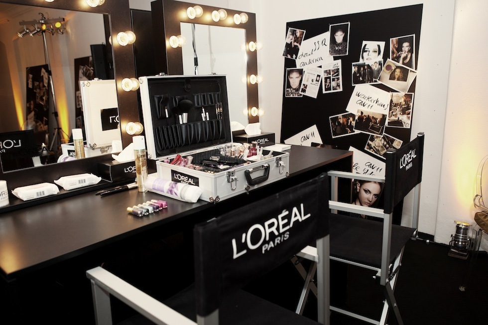 L'Oreal Powder Room