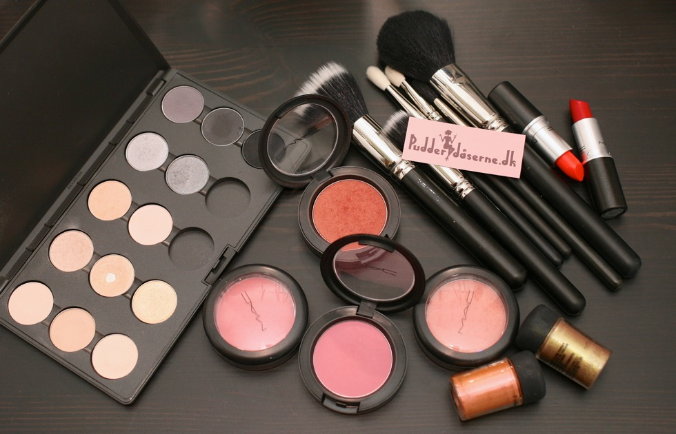 Pudderdåserne og makeup