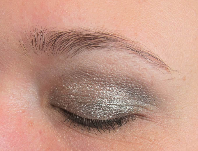 Chanel Illusion d'Ombre Long-Wear Luminous Eyeshadow Epatant Øjenskygge