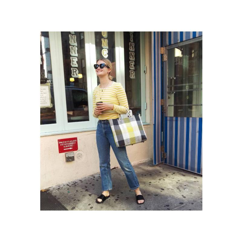 Soho er et fantastisk område på Manhattan og fyldt med den bedste shopping og de lækreste caféer. Spis lækker morgenmad på Dimes og shop løs i Opening Ceremony.