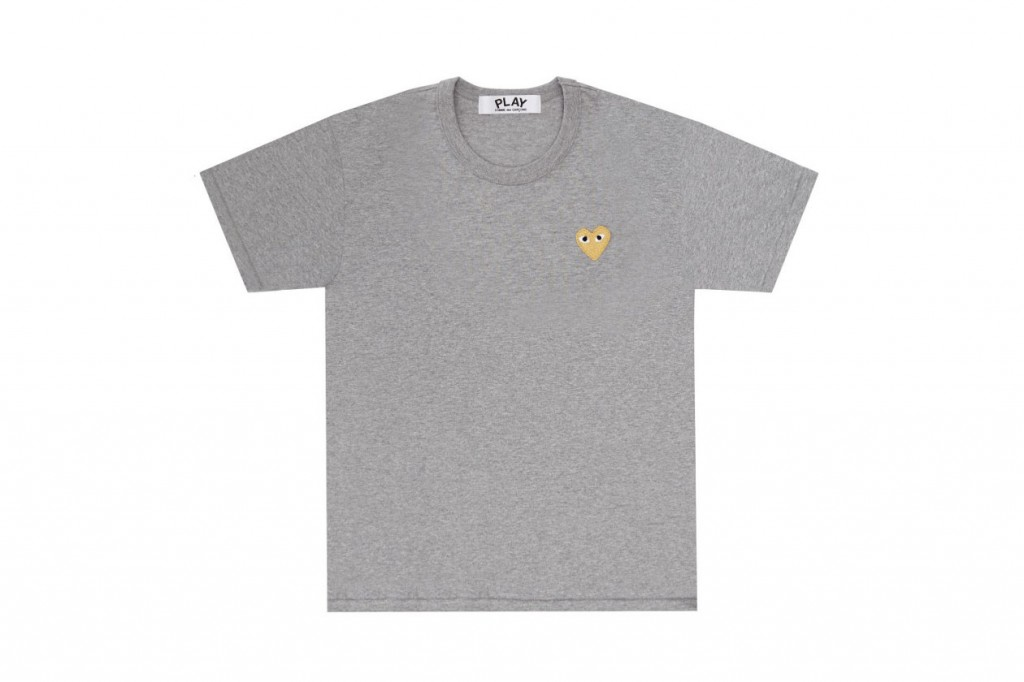 comme-des-garcons-play-gold-heart-tshirt-2-1260x840