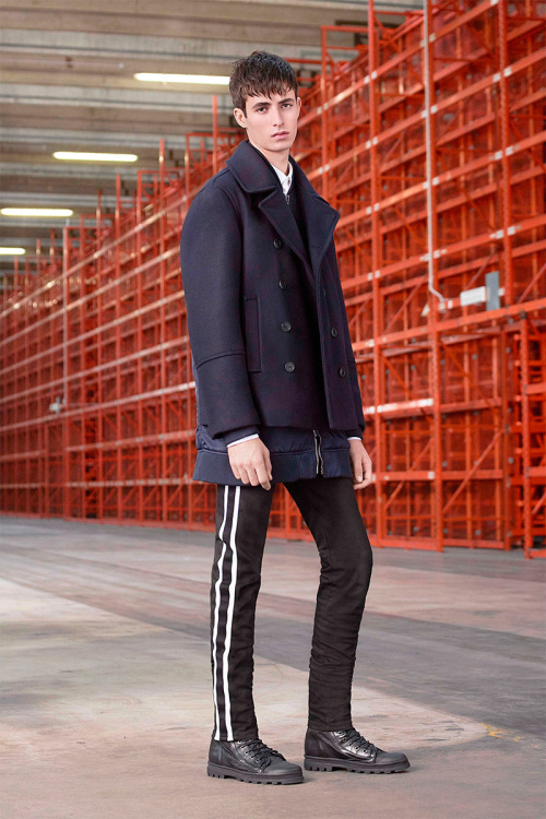 diesel-black-gold-2017-pre-fall-collection-3