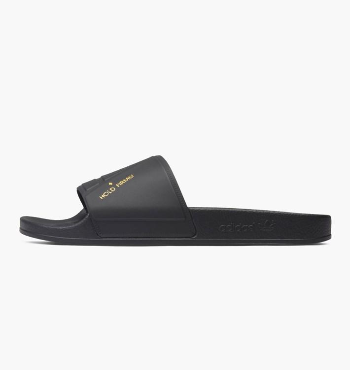 adidas-by-raf-simons-raf-simons-bunny-adilette-by9813-core-black-core-black