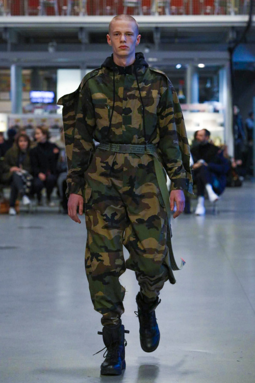 vetements-2017-spring-summer-couture-10