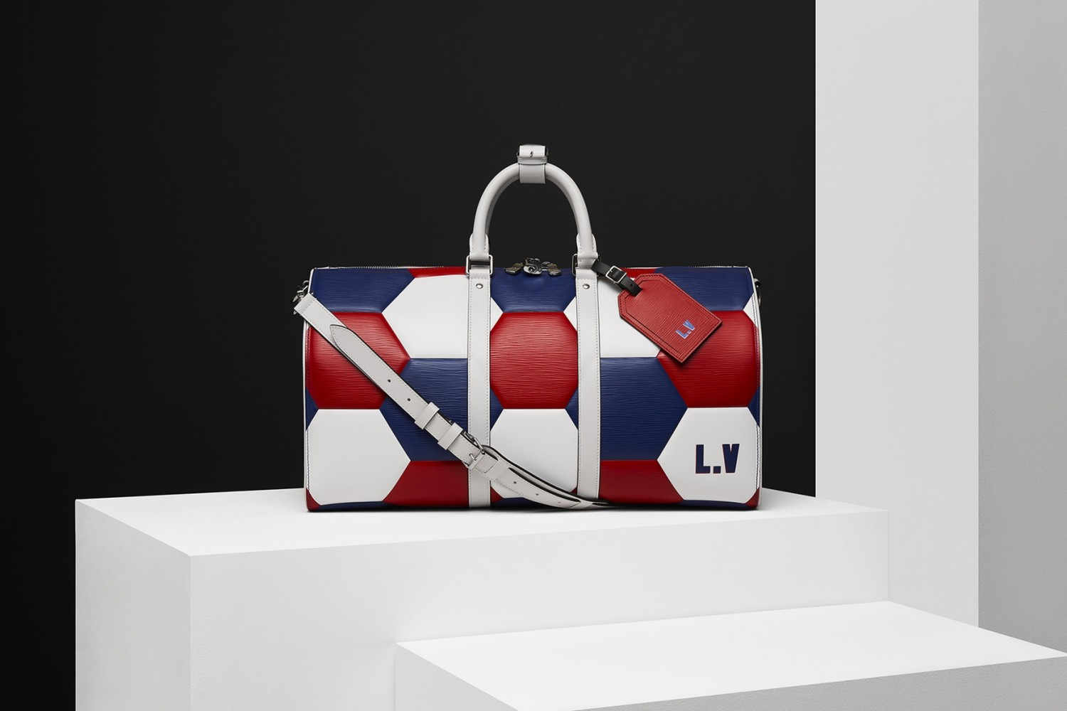 louis-vuitton-2018-fifa-world-cup-leather-accessories-2