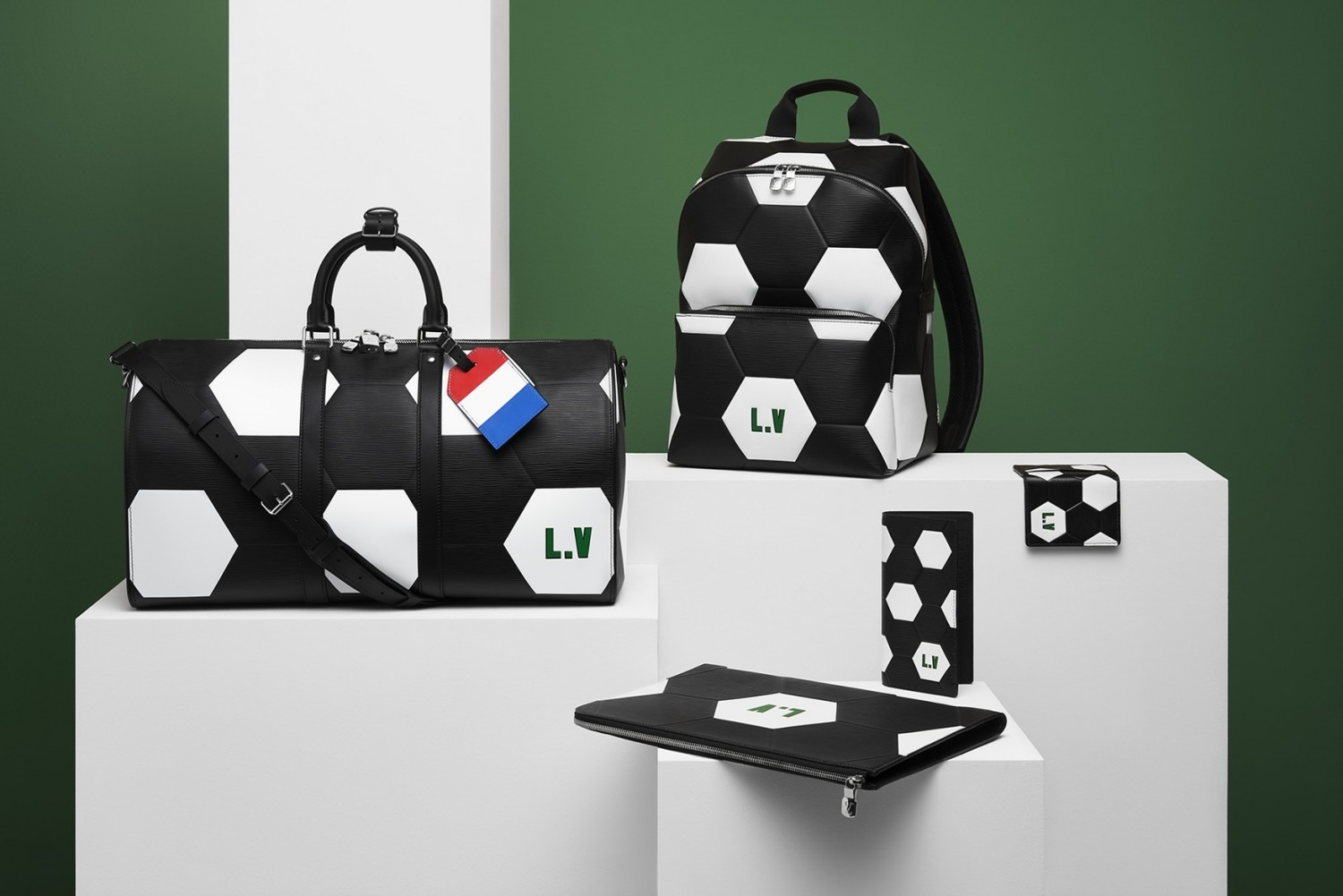 louis-vuitton-2018-fifa-world-cup-leather-accessories-9